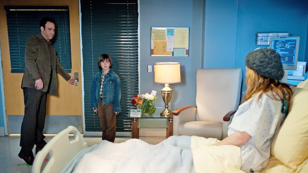 PRIVATE PRACTICE - &quot;The Letting Go&quot; - Sheldon warns Sam that he may be in over his head when he insists on releasing Corinne from the hospital and caring for her at home; a badly beaten Scott arrives at the ER and is placed under the care of Pete; Amelia is encouraged to make a decision about her unborn child; and Jake's daughter grills him on his love life when he visits her at college. Meanwhile, Erica's health takes a turn for the worse, on Private Practice, THURSDAY, MARCH 15 (10:02-11:00 p.m., ET) on the ABC Television Network. (ABC/COLLEEN HAYES)PAUL ADELSTEIN, GRIFFIN GLUCK, A.J. LANGER