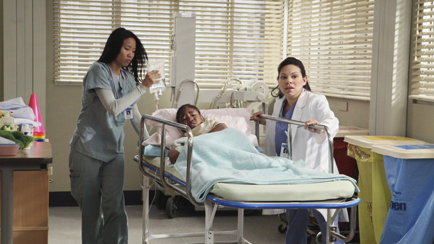 GREY'S ANATOMY - ABC's &quot;Grey's Anatomy&quot; concludes the season with a two-hour shocker, THURSDAY, MAY 20. In the first hour, entitled &quot;Sanctuary&quot; (9:00-10:00 p.m., ET), Seattle Grace Hospital is hit with a crisis like no other in its history. Then, in the second hour, &quot;Death and All His Friends&quot; (10:00-11:00 p.m., ET), Cristina and Meredith's surgical skills are put to the ultimate test. (ABC/DANNY FELD)CHINA ANDERSON, GLORIA GARAYUA