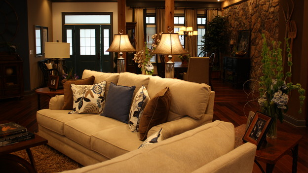 "EXTREME MAKEOVER HOME EDITION - ""Mattingly Family,"" - Living Room, on ""Extreme Makeover Home Edition,"" Sunday, November 1st, on the ABC Television Network."