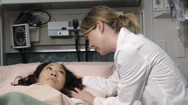 "GREY'S ANATOMY - ""Remember the Time"" - (ABC/RICHARD CARTWRIGHT)SANDRA OH, ELLEN POMPEO"