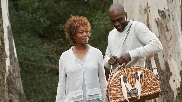 "DESPERATE HOUSEWIVES - ""I Know Things Now"" - (ABC/RON TOM)ALFRE WOODARD, NASHAWN KEARSE"