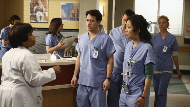 "GREY'S ANATOMY - ""Testing 1-2-3"" - The interns take the biggest test of their careers, their first-year medical exams, as the residents attend to three injured mountain climbers. Meanwhile Callie's suspicions of George and Izzie grow, and Cristina struggles to write her wedding vows, on ""Grey's Anatomy,"" THURSDAY, MAY 10 (9:00-10:01 p.m., ET) on the ABC Television Network. (ABC/SCOTT GARFIELD)CHANDRA WILSON, T.R. KNIGHT, JUSTIN CHAMBERS, SANDRA OH, KATHERINE HEIGL"