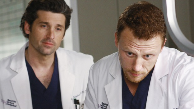 "GREY'S ANATOMY - ""These Ties That Bind"" - Derek and Owen check on a patient, on ""Grey's Anatomy,"" THURSDAY, NOVEMBER 13 (9:00-10:01 p.m., ET) on the ABC Television Network. (ABC/RON TOM) PATRICK DEMPSEY, KEVIN MCKIDD"