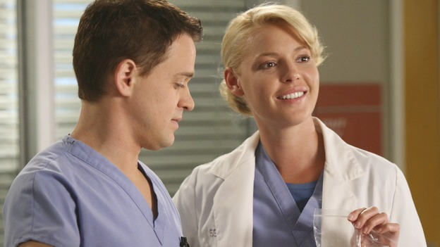"GREY'S ANATOMY - ""Here Comes the Flood"" - A plumbing leak becomes a deluge and wreaks havoc at Seattle Grace, as the Chief attempts to implement new teaching policies and George tries to retake his residency exam; meanwhile Derek hopes to move the roommates out of Meredith's house, to their surprise, on ""Grey's Anatomy,"" THURSDAY, OCTOBER 9 (9:00-10:01 p.m., ET) on the ABC Television Network. (ABC/DANNY FELD)T.R. KNIGHT, KATHERINE HEIGL"