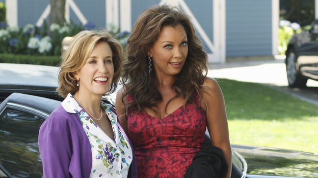"DESPERATE HOUSEWIVES - ""Remember Paul?"" - The residents of Wisteria Lane are stunned to discover that Paul Young is out of prison and back in the neighborhood with an enigmatic new wife and seemingly dark motives. Meanwhile, while Paul is renting Susan's home, she, Mike and MJ are living in an apartment on limited funds. But Susan sees a glimmer of hope in getting her life back on the Lane when she's offered an unorthodox job by her apartment manager, Maxine (Lainie Kazan); Lynette's rich and successful college friend, Renee (Vanessa Williams), pays an unexpected visit to the Scavo household; Gabrielle and Carlos find themselves keeping secrets from one another; and Bree, newly single and needing a fresh start after selling her business, finds herself tempted by Keith (Brian Austin Green) -- the handsome, young handyman she's hired to update her house -- on the season premiere of ""Desperate Housewives,"" SUNDAY, SEPTEMBER 26 (9:00-10:01 p.m., ET) on the ABC Television Network. (ABC/RON TOM)FELICITY HUFFMAN, VANESSA WILLIAMS"