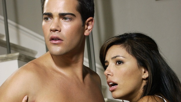 "DESPERATE HOUSEWIVES - ""PRETTY LITTLE PICTURE"" (ABC/RON TOM)JESSE METCALFE, EVA LONGORIA"