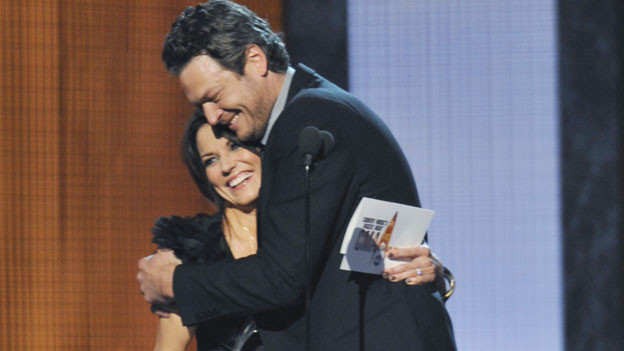 "THE 44TH ANNUAL CMA AWARDS - THEATRE - ""The 44th Annual CMA Awards"" were broadcast live from the Bridgestone Arena in Nashville, WEDNESDAY, NOVEMBER 10 (8:00-11:00 p.m., ET) on the ABC Television Network. (ABC/KATHERINE BOMBOY)MARTINA MCBRIDE, BLAKE SHELTON"