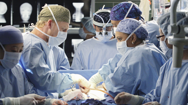 Grey's Anatomy Top 7 Odd Medical CasesSeattle Grace may get its fair share of mundane illnesses, but we can always expect an extraordinary case to pop up from time to time.  Take a look at some of the weirder cases the doctors of Grey's Anatomy have had to deal with lately.