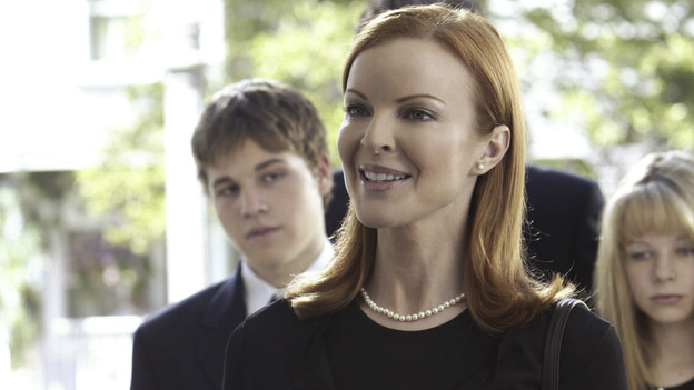"DESPERATE HOUSEWIVES - ""PILOT"" (ABC/PETER ""HOPPER"" STONE) SHAWN PYFROM, MARCIA CROSS,  JOY LAUREN"