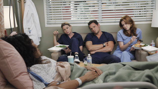 "GREY'S ANATOMY - ""Remember the Time"" - (ABC/RICHARD CARTWRIGHT)SANDRA OH, ELLEN POMPEO, JUSTIN CHAMBERS, SARAH DREW"