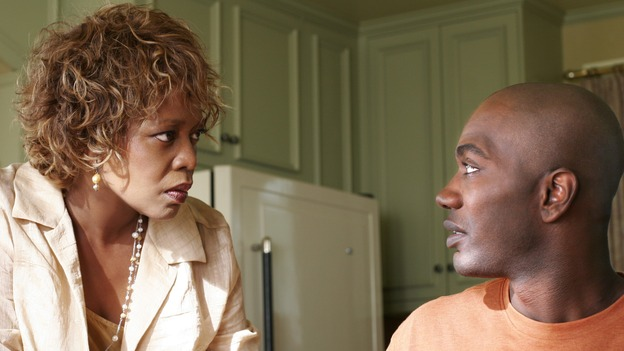 "DESPERATE HOUSEWIVES - ""There's Something About War"" (ABC/RON TOM)ALFRE WOODARD, NASHAWN KEARSE"