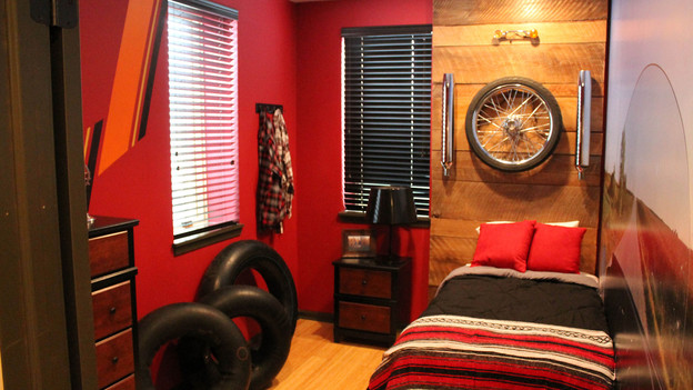"EXTREME MAKEOVER HOME EDITION - ""Gibbs Family,"" - Boy's Bedroom Picture, on  ""Extreme Makeover Home Edition,"" Friday, January 6th (8:00-10:00   p.m.   ET/PT) on the ABC    Television Network."