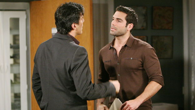 Vincent Irizarry as David Hayward, Jordi Vilasuso as Griffin Castillo