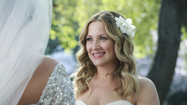 "GREY'S ANATOMY - ""White Wedding"" - As Callie and Arizona's wedding approaches, the couple quickly realize that the day they've been looking forward to is not turning out the way they'd envisioned. Meanwhile Alex continues to make the other residents jealous as he appears to be the top contender for Chief Resident, Meredith and Derek make a decision that will change their lives forever, and Dr. Perkins presents Teddy with a very tempting proposition, on Grey's Anatomy,"" THURSDAY, MAY 5 (9:00-10:01 p.m., ET) on the ABC Television Network. (ABC/RICHARD CARTWRIGHT)JESSICA CAPSHAW"