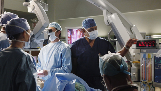 GREY'S ANATOMY - &quot;Give Peace a Chance&quot; - When Isaac, the hospital lab tech, has an inoperable tumor wrapped around his spine, he turns to Dr. Derek Shepherd to do the impossible, and Derek tests the Chief's authority when Richard objects to moving forward with the risky surgery, on &quot;Grey's Anatomy,&quot; THURSDAY, OCTOBER 29 (9:00-10:01 p.m., ET) on the ABC Television Network. (ABC/KAREN NEAL)PATRICK DEMPSEY, JAMES PICKENS, JR.