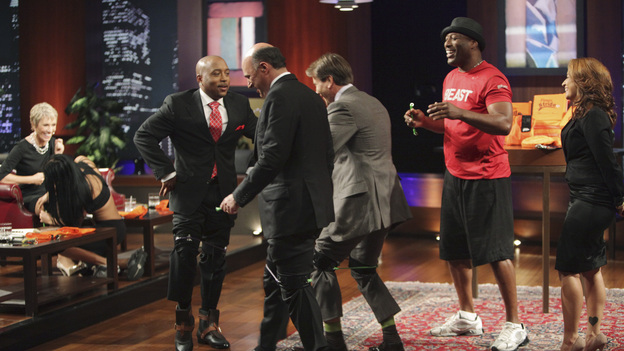 "SHARK TANK - ""Episode 206"" (ABC/ADAM TAYLOR)BARBARA CORCORAN, DAYMOND JOHN, KEVIN O'LEARY, ROBERT HERJAVEC, STACY ERWIN (FITNESS STRIDE)"