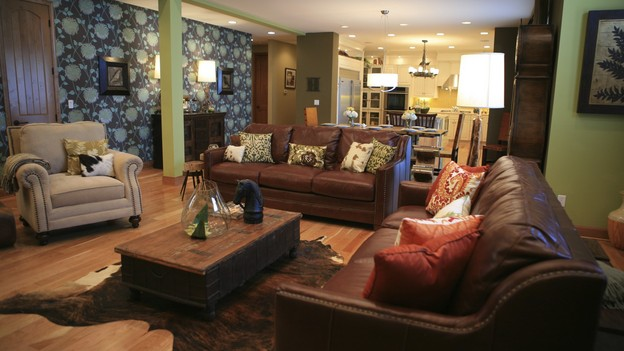 EXTREME MAKEOVER HOME EDITION - &quot;Hampton Family,&quot; - Living Room, on &quot;Extreme Makeover Home Edition,&quot; Sunday, October 4th on the ABC Television Network.