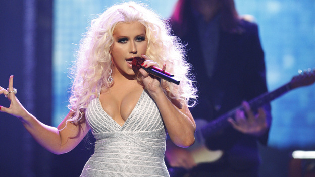 2011 AMERICAN MUSIC AWARDS® - THEATRE - The show broadcast live from the NOKIA Theatre L.A. LIVE on SUNDAY, NOV. 20 (8:00-11:00 p.m., ET/PT) on ABC. (ABC/TIM OGIER)CHRISTINA AGUILERA