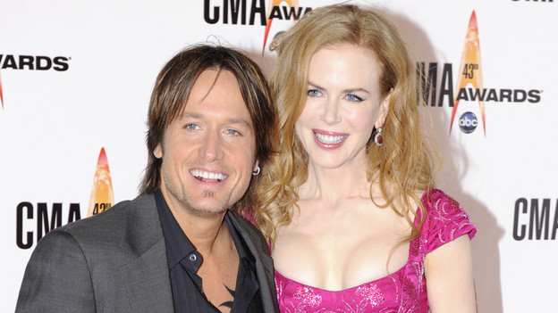 "THE 43rd ANNUAL CMA AWARDS - RED CARPET ARRIVALS - ""The 43rd Annual CMA Awards"" will be broadcast live from the Sommet Center in Nashville, WEDNESDAY, NOVEMBER 11 (8:00-11:00 p.m., ET) on the ABC Television Network. (ABC/DONNA SVENNEVIK)KEITH URBAN, NICOLE KIDMAN"