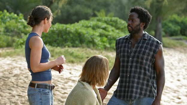 "LOST - ""The 23rd Psalm"" - Mr. Eko interrogates Charlie about the Virgin Mary statue, Claire begins to lose faith in Charlie when she discovers his secret, and Jack is an interested observer when Kate gives the recovering Sawyer a much-needed haircut, on ""Lost,"" WEDNESDAY, JANUARY 11 (9:00-10:00 p.m., ET), on the ABC Television Network. (ABC/MARIO PEREZ) EVANGELINE LILLY, JOSH HOLLOWAY, HAROLD PERRINEAU"