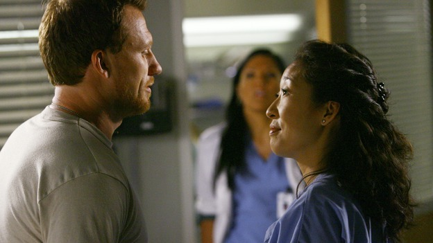 "GREY'S ANATOMY - ""Dream a Little Dream of Me"" - Cristina is impressed by Maj. Owen Hunt's talent for trauma medicine, on ""Grey's Anatomy,"" THURSDAY, SEPTEMBER 25 (9:00-11:00 p.m., ET) on the ABC Television Network. (ABC/SCOTT GARFIELD) KEVIN McKIDD, SARA RAMIREZ, SANDRA OH"