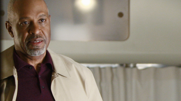 "GREY'S ANATOMY - ""Stand By Me"" - The Chief tries to convince Derek to come back to SGH, on ""Grey's Anatomy,"" THURSDAY, MARCH 19 (9:00-10:02 p.m., ET) on the ABC Television Network. (ABC/MICHAEL DESMOND) JAMES PICKENS JR."