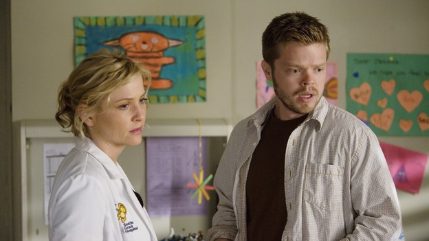 "GREY'S ANATOMY - ""Sweet Surrender"" - Dr. Arizona Robbins speaks with the father of a terminally ill little girl, on ""Grey's Anatomy,"" THURSDAY, APRIL 23 (9:00-10:02 p.m., ET) on the ABC Television Network. (ABC/RANDY HOLMES) JESSICA CAPSHAW, ELDEN HENSON"