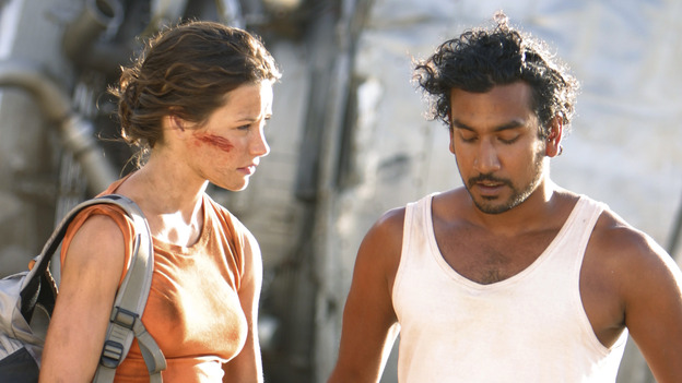 "101021_7411 -- LOST - ""WALKABOUT""  (ABC/MARIO PEREZ)EVANGELINE LILLY, NAVEEN ANDREWS"