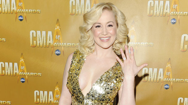 "THE 44TH ANNUAL CMA AWARDS - RED CARPET ARRIVALS - ""The 44th Annual CMA Awards"" will be broadcast live from the Bridgestone Arena in Nashville, WEDNESDAY, NOVEMBER 10 (8:00-11:00 p.m., ET) on the ABC Television Network. (ABC/ANDREW WALKER)KELLIE PICKLER"
