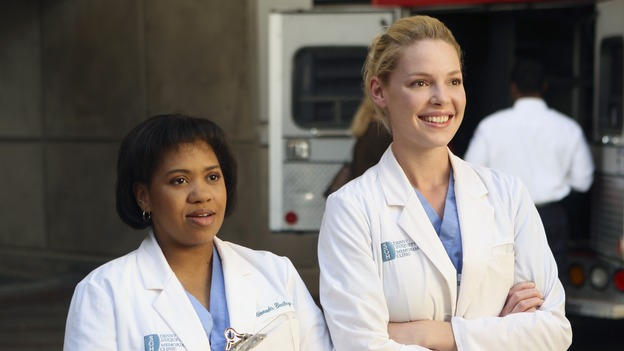 "GREY'S ANATOMY - ""Wishin' and Hopin'"" - The race for the Chief's position is on, as the doctors compete for Richard's affections, a surgical patient endangers the lives of those around her, and Meredith's Alzheimer's-stricken mother, Ellis, experiences a change in her medical condition, on ""Grey's Anatomy,"" THURSDAY, FEBRUARY 1 (9:00-10:01 p.m., ET) on the ABC Television Network. (ABC/MICHAEL DESMOND)CHANDRA WILSON, KATHERINE HEIGL"