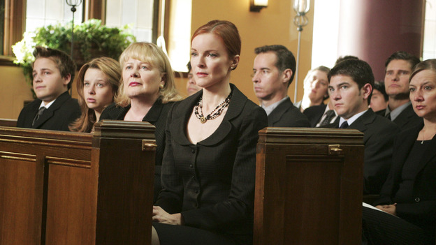 DESPERATE HOUSEWIVES - - (ABC/VIVIAN ZINK) SHAWN PYFROM, JOY LAUREN, SHIRLEY KNIGHT, MARCIA CROSS