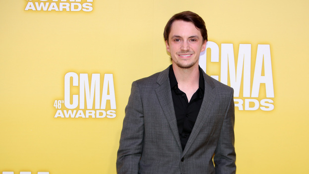THE 46TH ANNUAL CMA AWARDS - RED CARPET ARRIVALS - &quot;The 46th Annual CMA Awards&quot; airs live THURSDAY, NOVEMBER 1 (8:00-11:00 p.m., ET) on ABC live from the Bridgestone Arena in Nashville, Tennessee. (ABC/SARA KAUSS)GREG BATES