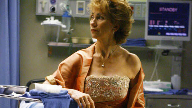 "GREY'S ANATOMY - ""Dream a Little Dream of Me"" - Three middle-aged women and their husbands are in a terrible traffic accident, on ""Grey's Anatomy,"" THURSDAY, SEPTEMBER 25 (9:00-11:00 p.m., ET) on the ABC Television Network. (ABC/SCOTT GARFIELD) KATHY BAKER"