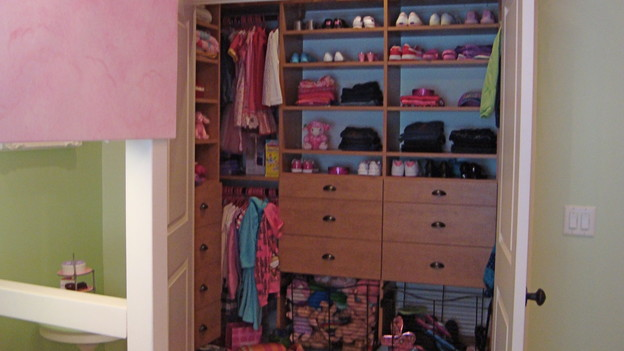 EXTREME MAKEOVER HOME EDITION - &quot;Montgomery Family,&quot; - Closet, on &quot;Extreme Makeover Home Edition,&quot; Sunday, October 25th on the ABC Television Network.