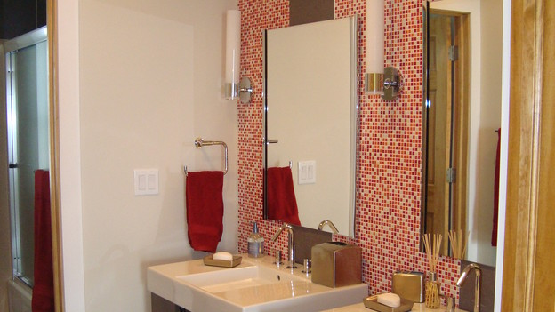 "EXTREME MAKEOVER HOME EDITION - ""Stott Family,"" - Bathroom, on ""Extreme Makeover Home Edition,"" Sunday, November 15th, on the ABC Television Network."