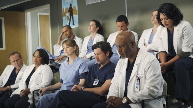 "GREY'S ANATOMY - ""Disarm"" - News of the incoming mass causalities after a gunman opens fire at a local college hits the staff hard when they must spring into action, even while their own wounds are still fresh; and Arizona does not receive a warm welcome home at the hospital, on ""Grey's Anatomy,"" THURSDAY, JANUARY 6 (9:00-10:01 p.m., ET) on the ABC Television Network. (ABC/ADAM LARKEY) PETER MACNICOL, CHANDRA WILSON, JESSE WILLIAMS, ELLEN POMPEO, SARAH DREW, PATRICK DEMPSEY, JUSTIN CHAMBERS, JAMES PICKENS JR., CHYLER LEIGH, SARA RAMIREZ"