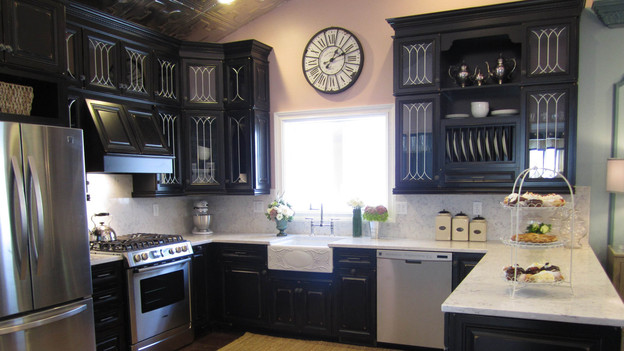 "EXTREME MAKEOVER HOME EDITION - ""Walker Family,"" - Kitchen Picture, on  ""Extreme Makeover Home Edition,"" Friday, December 2nd (8:00-10:00 p.m.  ET/PT) on the ABC Television Network."