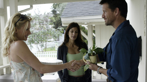 DESPERATE HOUSEWIVES - &quot;PILOT&quot; (ABC/PETER &quot;HOPPER&quot; STONE) NICOLETTE SHERIDAN, TERI HATCHER, JAMES DENTON