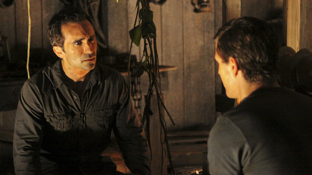 "LOST - ""Dr. Linus"" - Ben deals with the consequences of an uncovered lie, on ""Lost,"" TUESDAY, MARCH 9 (9:00-10:00 p.m., ET) on the ABC Television Network. (ABC/MARIO PEREZ)NESTOR CARBONELL, MATTHEW FOX"