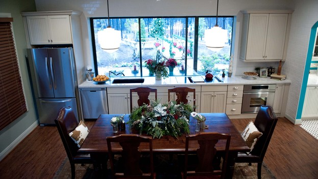 "EXTREME MAKEOVER HOME EDITION - Dining Room Photo, ""Zdroj Family,"" on ""Extreme Makeover Home Edition,"" Monday, December 3rd (8:00-10:00 p.m. ET/PT) on the ABC Television Network."