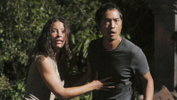 LOST - &quot;Sundown&quot; - Sayid is faced with a difficult decision, and Claire sends a warning to the temple inhabitants, on &quot;Lost,&quot; TUESDAY, MARCH 2 (9:00-10:00 p.m., ET) on the ABC Television Network. (ABC/MARIO PEREZ)EVANGELINE LILLY, KEN LEUNG