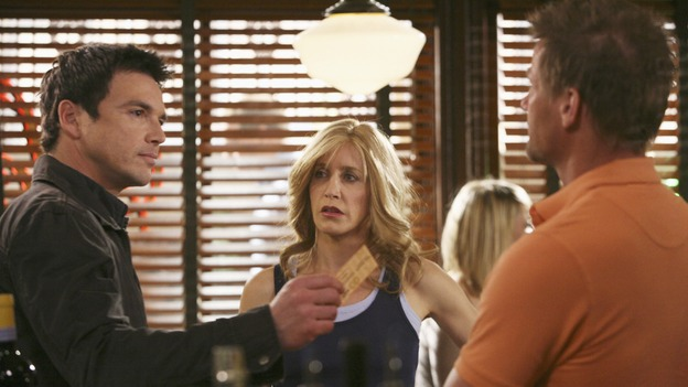 "DESPERATE HOUSEWIVES - ""In Buddy's Eyes"" - Lynette is surprised when someone from her past shows up at Scavo pizzeria, on Desperate Housewives,"" SUNDAY, APRIL 20 (9:00-10:02 p.m., ET) on the ABC Television Network. (ABC/DANNY FELD) JASON GEDRICK, FELICITY HUFFMAN, DOUG SAVANT"