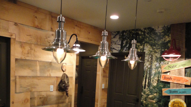 "EXTREME MAKEOVER HOME EDITION - ""Gibbs Family,"" - Lighting Picture, on  ""Extreme Makeover Home Edition,"" Friday, January 6th (8:00-10:00   p.m.   ET/PT) on the ABC    Television Network."