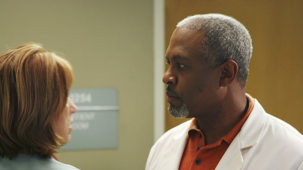 "GREY'S ANATOMY - ""Tell Me Sweet Little Lies"" (ABC/MICHAEL DESMOND)CATHY LIND HAYES, JAMES PICKENS, JR."