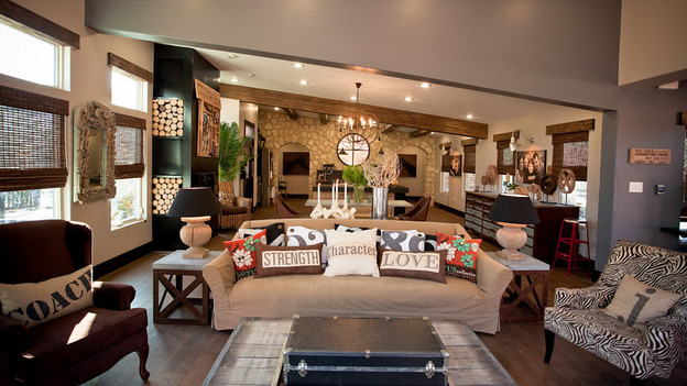 EXTREME MAKEOVER HOME EDITION - &quot;Williams Family,&quot; - Living Room, on &quot;Extreme Makeover Home Edition,&quot; Sunday, May 16th (8:00-9:00 p.m. ET/PT) on the ABC Television Network.