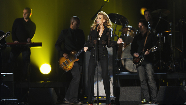 "THE 45th ANNUAL CMA AWARDS - THEATRE - ""The 45th Annual CMA Awards"" broadcast live on ABC from the Bridgestone Arena in Nashville on WEDNESDAY, NOVEMBER 9 (8:00-11:00 p.m., ET). (ABC/KATHERINE BOMBOY-THORNTON)FAITH HILL"