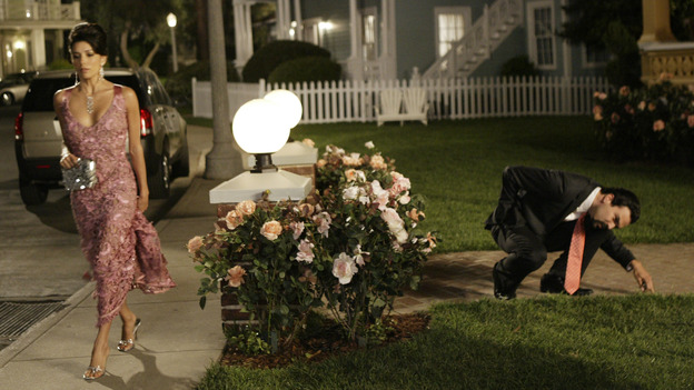 "DESPERATE HOUSEWIVES - ""PILOT"" (ABC/PETER ""HOPPER"" STONE) EVA LONGORIA, RICARDO ANTONIO CHAVIRA"