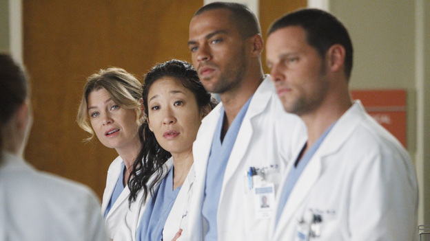 "GREY'S ANATOMY - ""Take the Lead"" - The Chief makes a career-changing decision that shocks Seattle Grace Hospital; Cristina and Owen try to find normalcy in their relationship; April continues to struggle in her new role; and the 5th year residents are given their first solo surgeries, only to find out that even the most routine procedures aren't always easy, on Grey's Anatomy, THURSDAY, SEPTEMBER 29 (9:00-10:02 p.m., ET) on the ABC Television Network. (ABC/JORDIN ALTHAUS)ELLEN POMPEO, SANDRA OH, JESSE WILLIAMS, JUSTIN CHAMBERS"