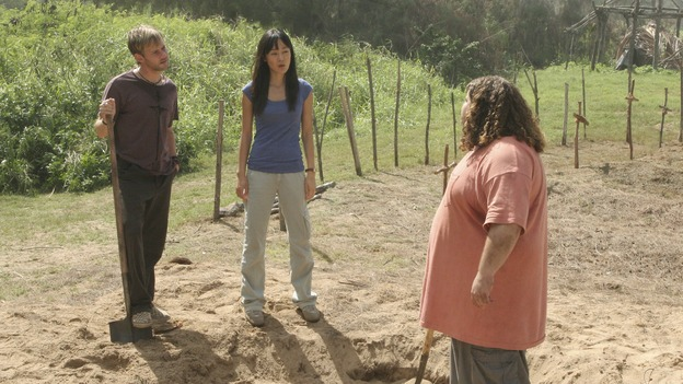 "LOST - ""Expos"" - Hurley begins to suspect that Sawyer may be involved in an island mystery surrounding two fellow survivors, and Sun learns the truth about her past kidnapping attempt by ""The Others,"" on ""Lost,"" WEDNESDAY, MARCH 28 (10:00-11:00 p.m., ET), on the ABC Television Network. (ABC/MARIO PEREZ)DOMINIC MONAGHAN, YUNJIN KIM, JORGE GARCIA"