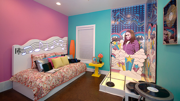 "EXTREME MAKEOVER HOME EDITION - ""Powell Family,"" - Girl's Bedroom, on ""Extreme Makeover Home Edition,"" Sunday, January 24th on the ABC Television Network."